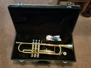 Ritmiller Trumpet with Case