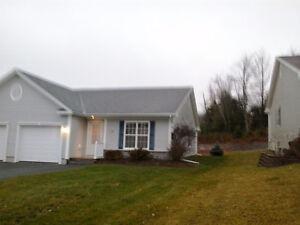 Millidgeville Garden Home With Heated Garage