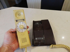 12 Vintage Phones Plus a Number of Phone Parts From 1970's-80's Kitchener / Waterloo Kitchener Area image 5
