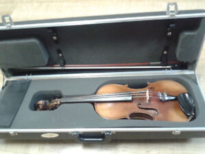 Old German Violin + Case luxe + Brazilian Bow