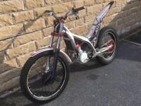 2014 road legal gasgas / jotagas 300cc 2 stroke trails bike