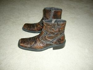 "Spring Brown ""Distressed"" Leather Boots - Size 11US/44EU"