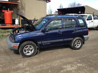 2000 Chevy Tracker 4dr Body Parts, Part out