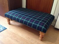 Tartan Footstool plus 5 Pillows.