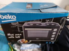 Mini oven and hob