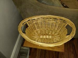 Wicker Basket Kingston Kingston Area image 1