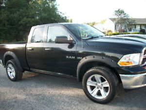 2010 dodge ram 1500 slt 4x4 excellent condition