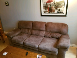 Comfy Quality 3 Seater Sofa