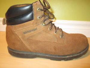 Hiking boots Waterproof boots Size 12