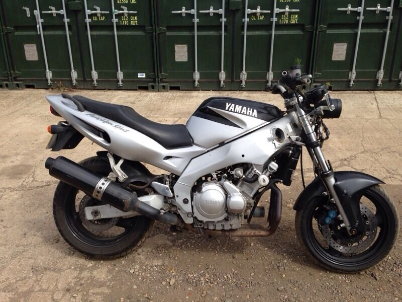 yamaha yzf thundercat 600 motorbike streetfighter