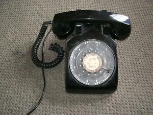 Vintage dial telephone Regina Regina Area image 3