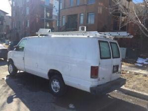 2011 Camion truck ford e250 cargo V8 pas cher vente rapide