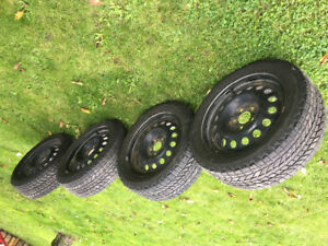 Set of snow tires with rims