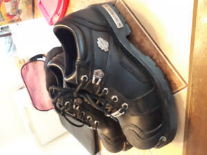 Harley Davidson shoes/boots!!!10 1/2 Trade for pedals...