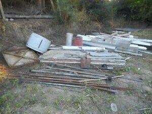 free scrap metal/ aluminum/engine/tailgates
