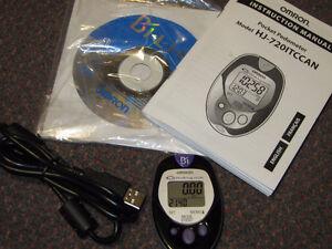 Omron HJ-720ITC Pocket Pedometer, Walking Style, Black -like New