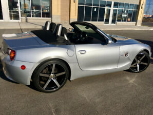 2004 BMW Z4 Roadster 2.5L only 114k kms