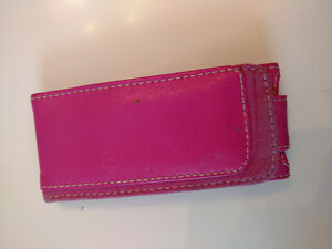 PINK Belkin Leather Case for iPod Nano 5 (2009 with CAMERA)