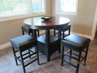 PUB STYLE TABLE AND 4 STOOLS