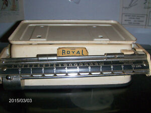 VINTAGE SET OF FOREIGN ROYAL SCALES-GERMANY-1940/50S-TOWER