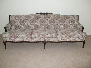 Victorian Style Couch Sofa