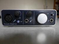 Focusrite iTrack Solo USB Audio Interface for iPad, Mac & PC