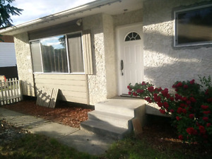 3 bedroom upper level house for July 1st 1500+utilities
