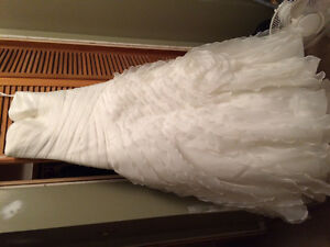 wedding gown Moose Jaw Regina Area image 2