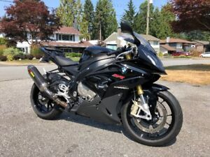 2015 BMW S1000RR @ Akrapovic carbon fiber exhaust @
