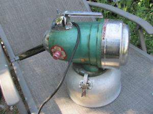 Vintage 1960's-70's Insect Chemical CHALLENGER Fogger