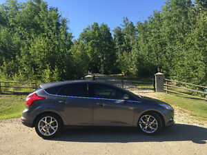 Beautiful 2012 Ford Focus SEL Hatchback