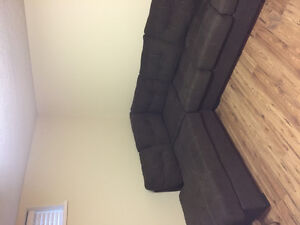 Left-facing sectional couch