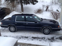 1991 Chrysler Dynasty Sedan - Excellent Condition - Low Kms