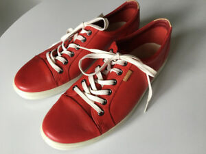 ECCO woman's extra width red leather sneakers size 11/11.5