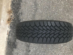"""Set of 4 15"""" Goodyear winter tires"""