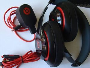 AUTHENTIC BEATS BY DRE AUDIO HEADPHONE WITH USB CHARGER Regina Regina Area image 4