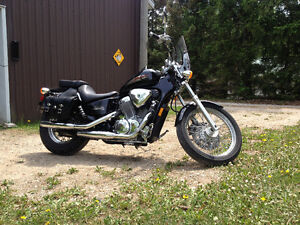 Honda Shadow VLX VT600C - low miles!
