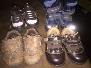Boys sz 4  toddler boots and shoes. Good for wide foot too.