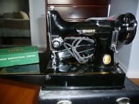 Singer Featherweight collector sewing machine