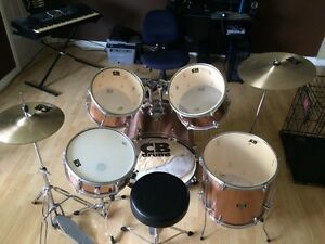 CB drums 5 piece set