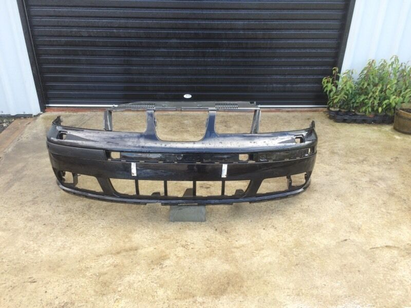 Seat Alhambra front bumpers.