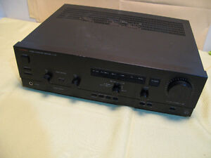 LV-102 integrated amplifier