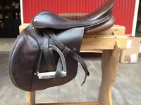 Harry Dabbs true brit jumping saddle