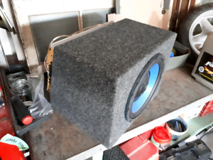 "10"" Sub, Box, and Amp Combo"
