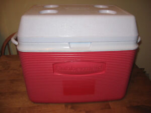 RUBBER MADE COOLER  with cup holders ON TOP . Cambridge Kitchener Area image 6