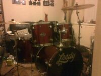 Drum kit for sale, excellent condition.. EXCELLENT XMAS PRESENT..**REDUCED***