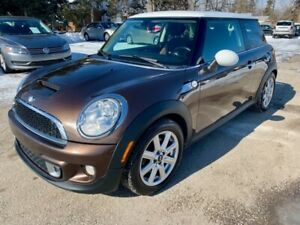 2012 Mini Cooper Hardtop 2dr Cpe S, automatic, pano roof