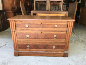 Wash Stand / 3 Drawer Dresser
