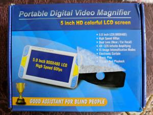 Digital Magnifier