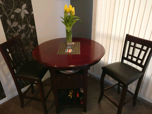 Bar height table with 2 bar stools